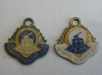 2 vintage THIRROUL LEAGUES CLUB 1975 - 1976 Membership BADGES