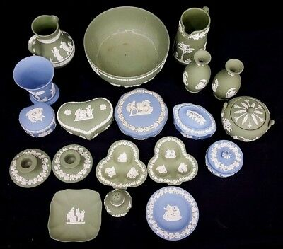 19 x Pieces of Green/White & Blue/White Wedgwood Items (Some Dated 1950's) - S2