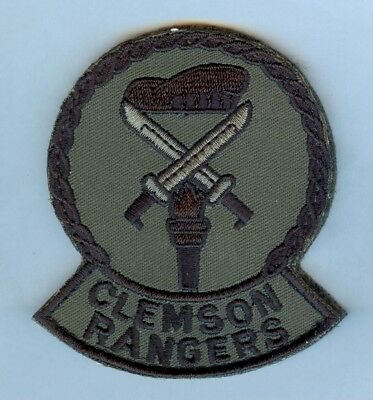 "Army Srotc:  ""clemson Rangers"" Insignia .... Mint ... Tough To Find"