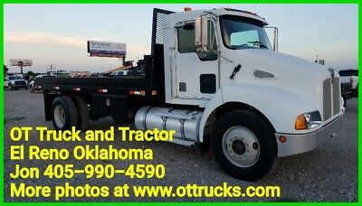 01 Kenworth T300 16ft Flatbed 6spd 3126 Cat 330hp