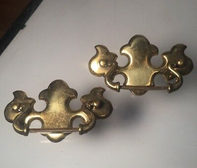 2 Vintage Aged Brass Chippendale Batwing Drawer Pull Antique Hardware Set