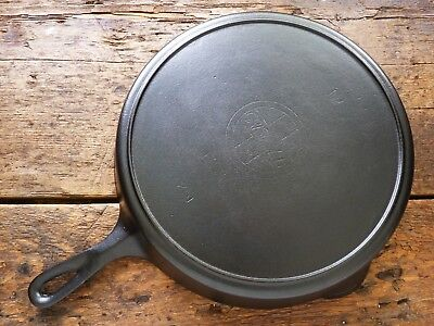 Antique GRISWOLD Cast Iron SKILLET Frying Pan # 12 LARGE SLANT LOGO - Ironspoon