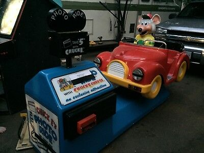 Amutec Chuck E. Cheese Photo Token Operated Kiddie Ride