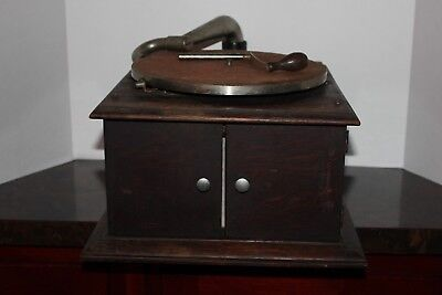Antique Victor Phonograph with Internal Horn Style VV-IV - For Parts