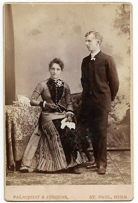 CABINET CARD • VICTORIAN COUPLE • Man & Woman • ST. PAUL, MN Photographer