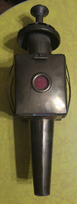 Antique carriage light red dot