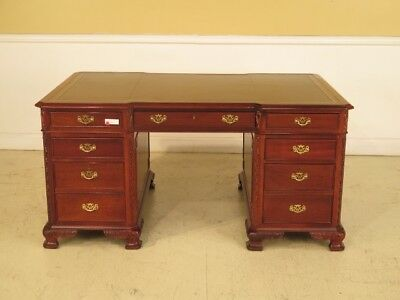F29015: Leather Top 3 Part Mahogany Executive Partners Desk