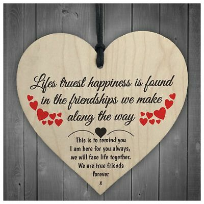 Friendship Lifes Truest Happiness Wooden Hanging Heart Gift Best Friends Plaq JV