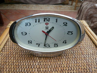 Vintage 1970,s Very Retro Mantle Bedside Alarm Mechanical Clock Treasure China