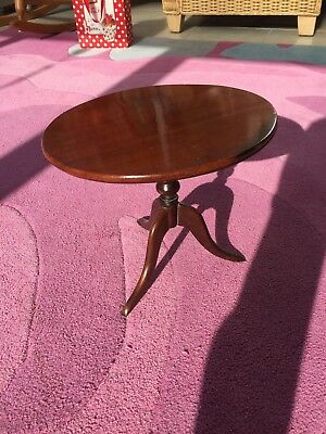 Charming Victorian Miniature Mahogany Folding Round Table (Childs) - 26cm diam
