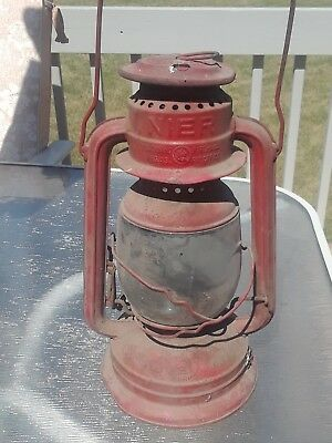 Vintage barn find.  Feuerhand neir # 260 oil lantern, red, dirty but intact.