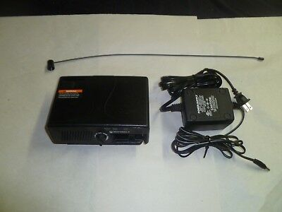 Motorola RLN5869C Minitor V FIre EMS Pager Amplified Charger Base Station