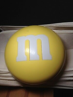 """M&M Round Yellow Bowl with Lid Thermal 6.5"""" Diameter"""