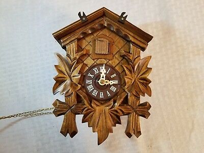 vintage BLACK FOREST CUCKOO CLOCK  REGULA 25n made in germany