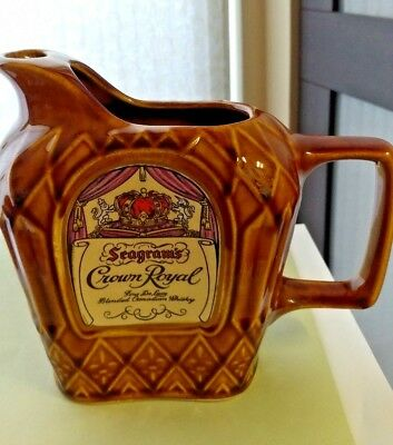 Vintage Seagram's Crown Royal Whisky Ceramic Bar collectible free ship excellent