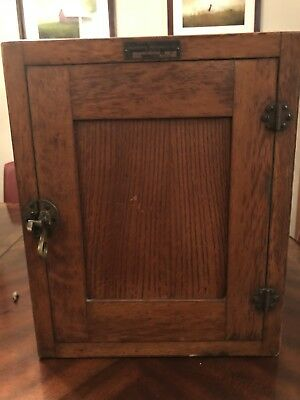 Antique C.S.& E. Company Quarter Sawn Oak Incubator