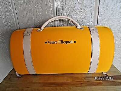 Veuve Clicquot France Champgange Travel Case Luggage Purse  Bag With Glasses