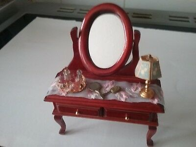 12th scale dolls house dressing table plus accessories