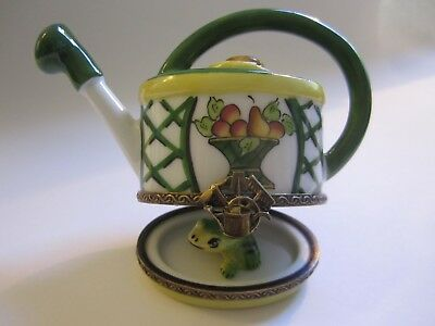 CHAMART Limoges France WATERING CAN W/FROG & HAT Hinged Trinket Box