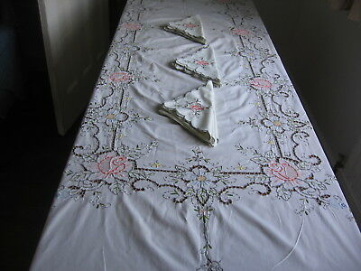 """VINTAGE TABLECLOTH & NAPKINS  HAND EMBROIDERED MADEIRA STYLE - 8FT 6 """" x 5FT 8"""""""