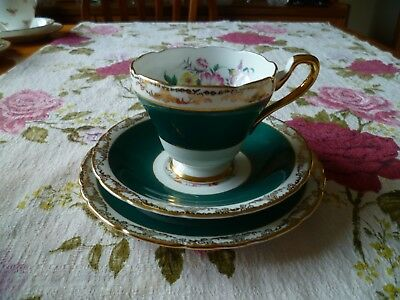 Pretty Vintage Sutherland China Trio Tea Cup Saucer 3106 Green Floral