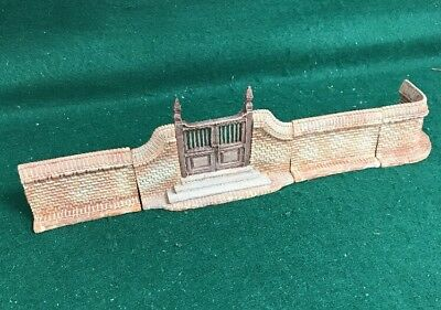 LANG & WISE ~ COLONIAL WILLIAMSBURG ACCESSORY ~  Brick Gate & Fence 4 pcs