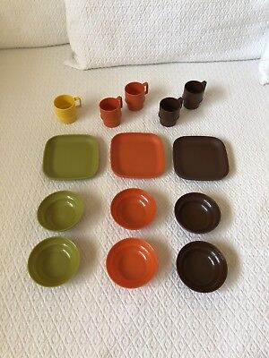 LOT of 14 VINTAGE TUPPERWARE TupperKids Toys Play Dishes/Cups/Plates/Bowls