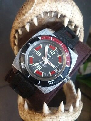 Vintage Lucerne Diver Wristwatch 150 Feet Tested Calendar Swiss Made T