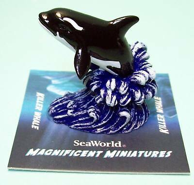 SeaWorld exclusive minifigure magnificent Miniatures Killer whale Orca new