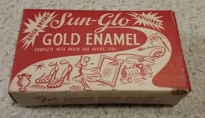 Collectable Vintage Gold Paint box with some Contents
