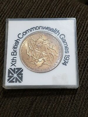 Awesome error 1974 NEW ZEALAND ONE DOLLAR COIN BRITISH COMMONWEALTH GAMES No Res