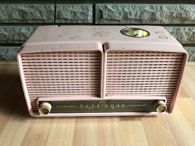 Vintage RARE RCA Victor WINTHROP 9xl1f PINK AM Tube Smokers Radio With LIGHTER