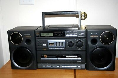 Panasonic RX-DT 680 Platinum FM/AM CD Dual Cassette Boombox  Works Great!