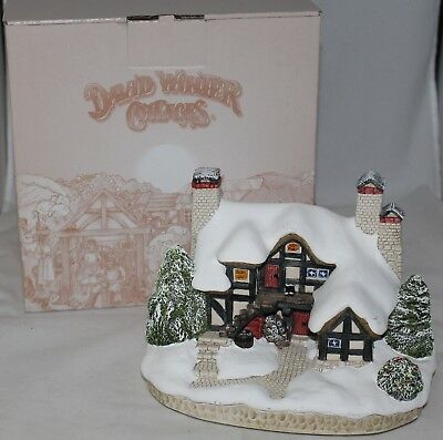 "David Winter Cottages ""Let It Snow"" Christmas 2009 Hand Made & Painted in Box"
