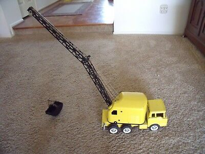 Vintage 1960's Structo Mobile Crane Pressed Steel Toy