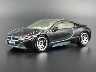 2014-2018 BMW i8 RARE 1:64 SCALE LIMITED COLLECTIBLE DIORAMA DIECAST MODEL CAR