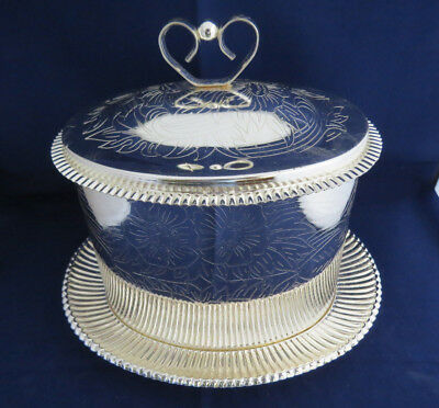 Gorgeous Silver Plated Biscuit Barrel - Made in England - Very Good Condition...