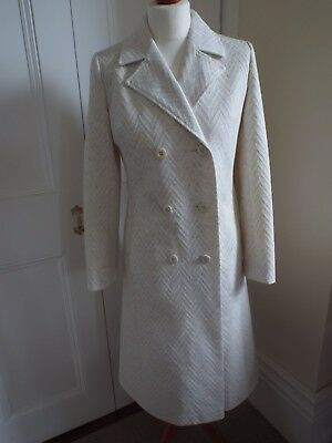 Original vintage 1980s, 1960s style, cream coat. Size 10. Lined