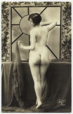1910 Original French RPPC Nude Girl Attractive Delicate Beauty Rear View Butt