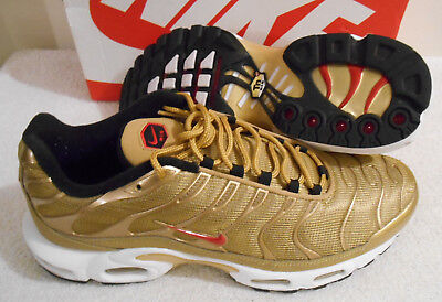 2017 Nike Air Max Plus QS Metallic Gold Red Sneakers Size 11.5 903827 700 ef072ea7f