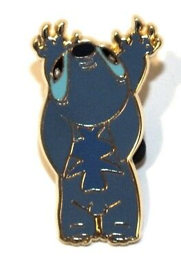 Disney Pin Trading Lilo Stitch Blue Alien Crawling Up Wall Claws Out Nails Long