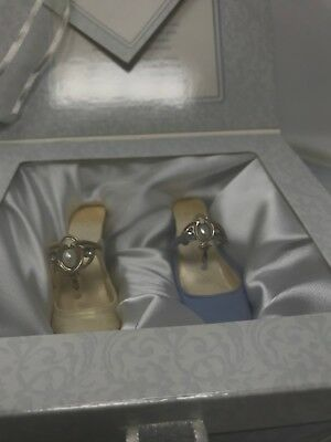 Raine Just the Right Shoe From This Day Forward Wedding Gift Set 25777 original