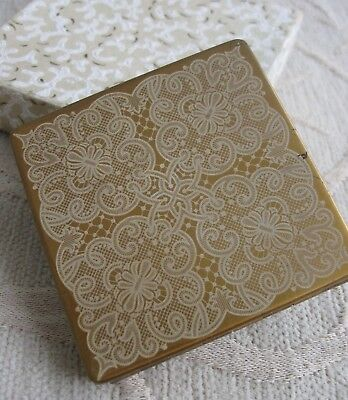vintage VOGUE VANITIES England POWDER COMPACT Box LACE decorated lid