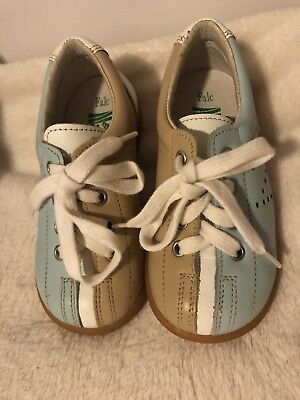 Childs Italian leather shoes, new in original box Au Sz 6.5 Unused.