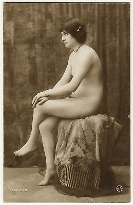 1910 Original French RPPC Nude Voluptuous Girl Beauty Jean Agelou