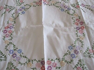 Lovely Vintage Hand Embroidered Linen Tablecloth Lots Of Detail