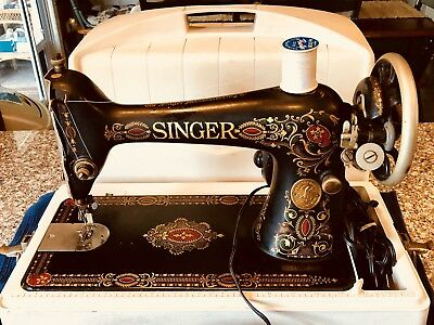 1910 Singer Model 66 RED EYE Portable Sewing Machine with Case