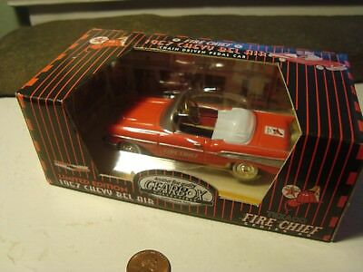 Texaco Fire Chief 1997 Gearbox Convertible Red 1957 Chevy Bel air Pedal Toy Car
