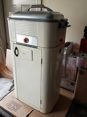 VINTAGE 50s ROASTER w STAND.  WESTINGHOUSE.  FAIR CONDITION.  WORKS.  CLASSIC.