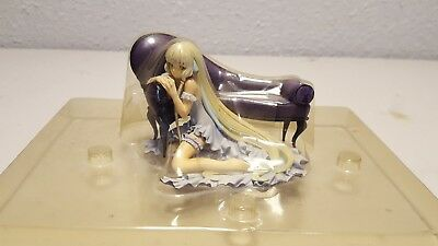 Clamp Chobits Chii Limited Victorian Couch Figure